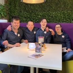 bijzonder team medewerkers van Lunchroom Bijzonder in het Westland